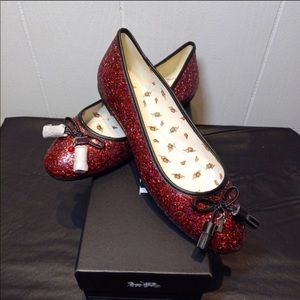 Brand new coach limited edition Ben I ruby flats